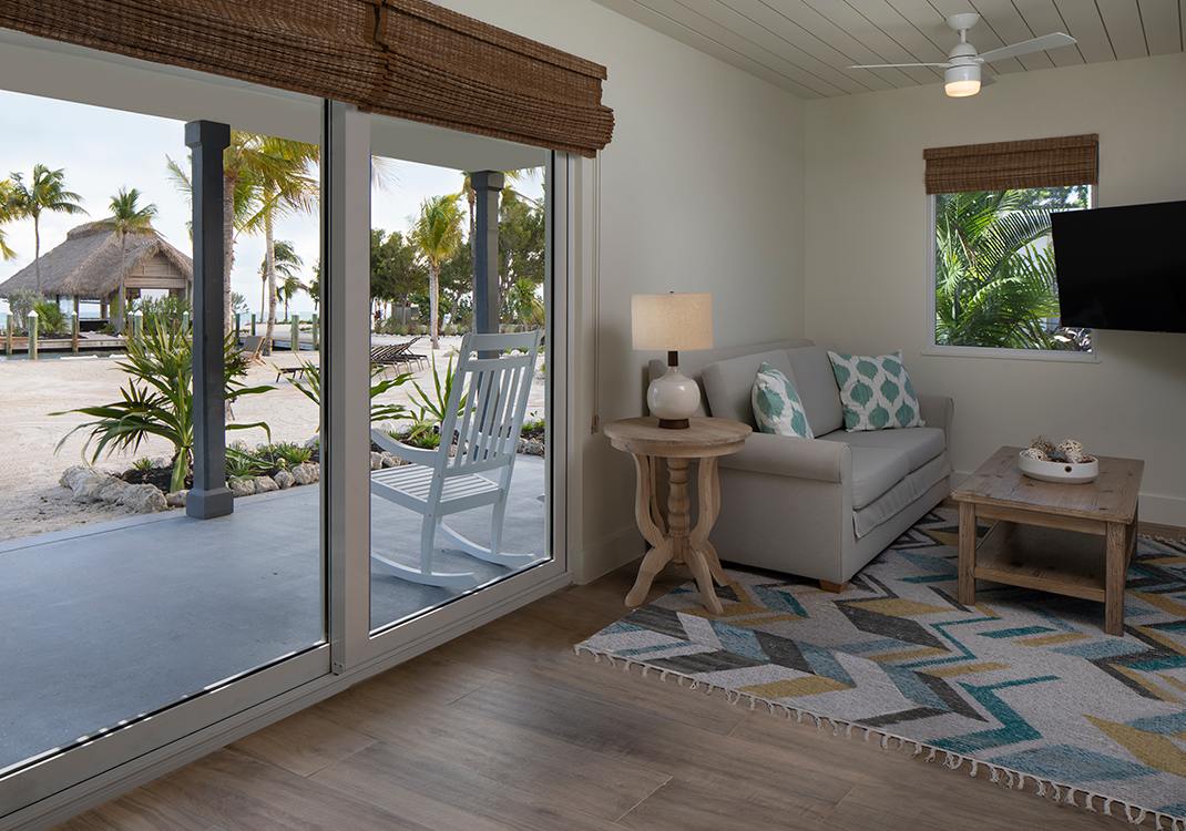 One bedroom King oceanfront cottage at Postcard Inn Beach Resort & Marina